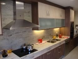 Servicios muebles de cocina y complementos en reus dise o de cocinas mobiliario para ba os - Muebles cocina tarragona ...