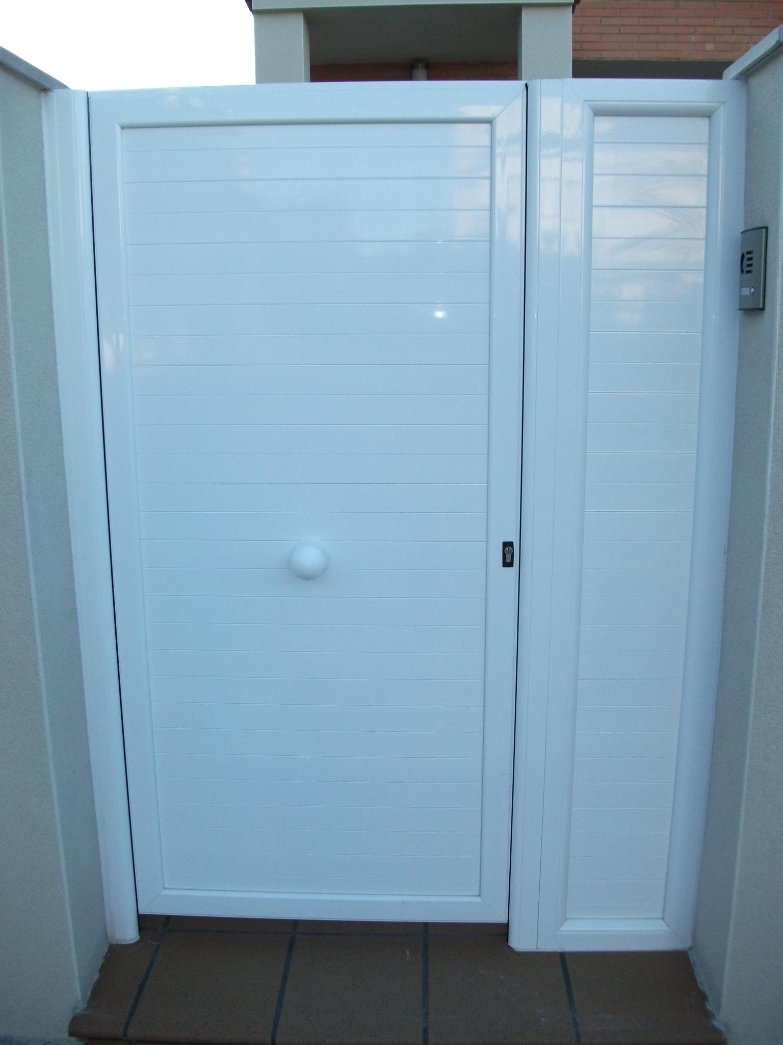 Puertas de jardin puertas jardn industrias canyelles bcn for Puertas jardin aluminio