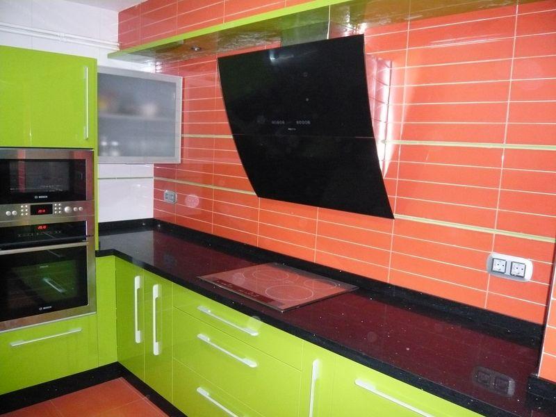 Ltimos trabajos for Cocina verde pistacho