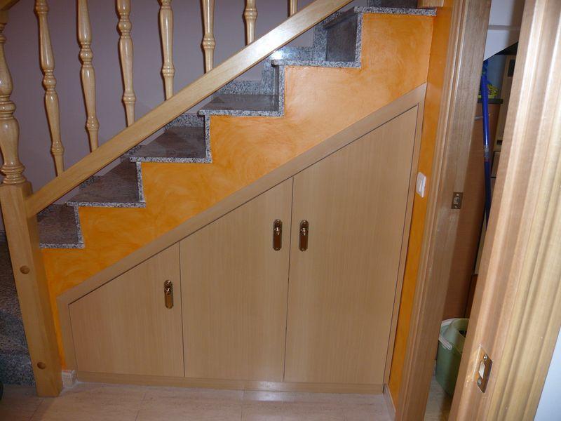 Ltimos trabajos for Armario debajo escalera